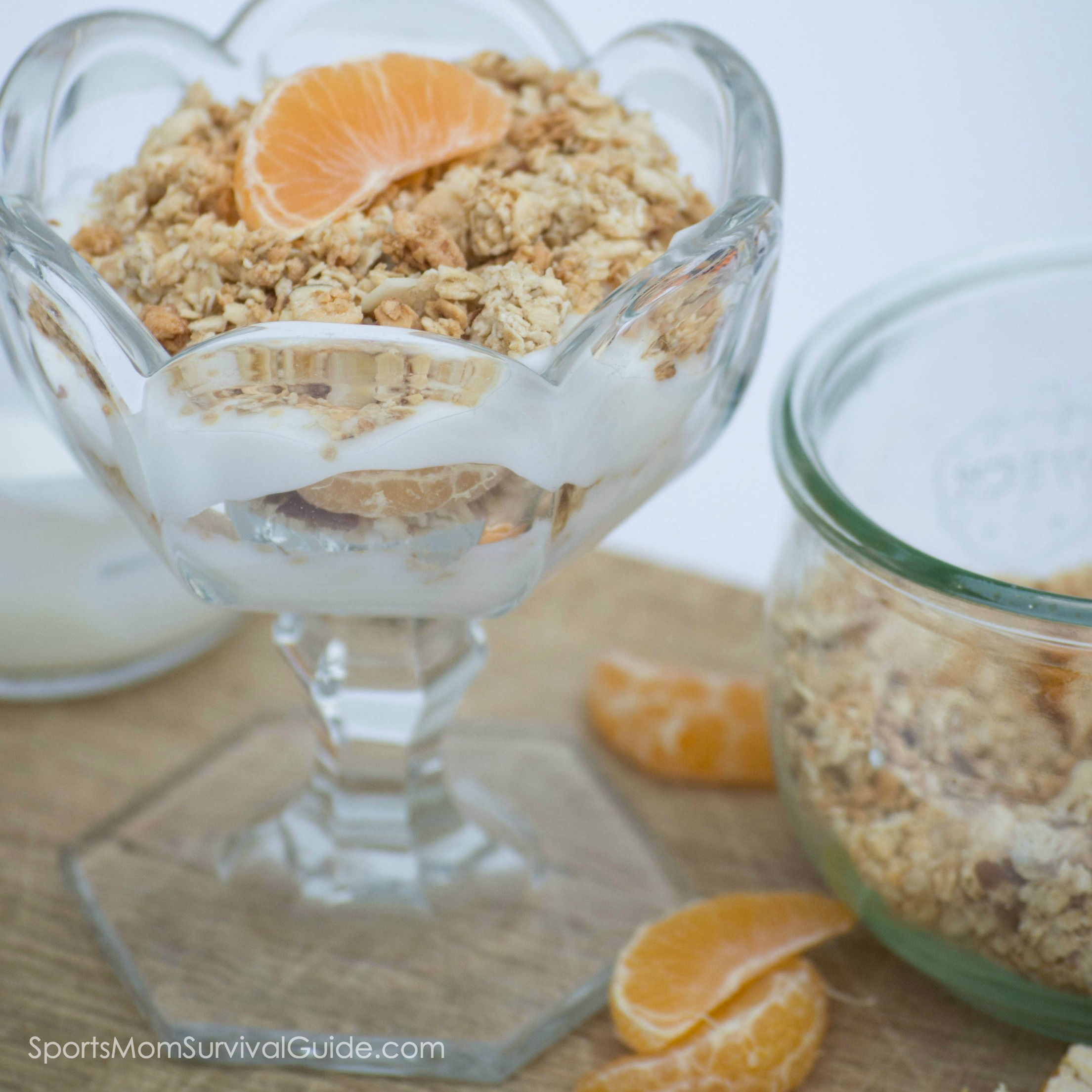 Easy and Healthy Snack Parfait-feature