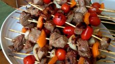 easy grilled sirloin kabobs