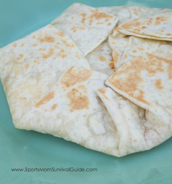 We all need those quick meals that we can grab and go on the way out the door to practice or a game! Try this crunch taco wrap the next time you need a meal to-go. They are easy to make and HOLD on those busy nights!