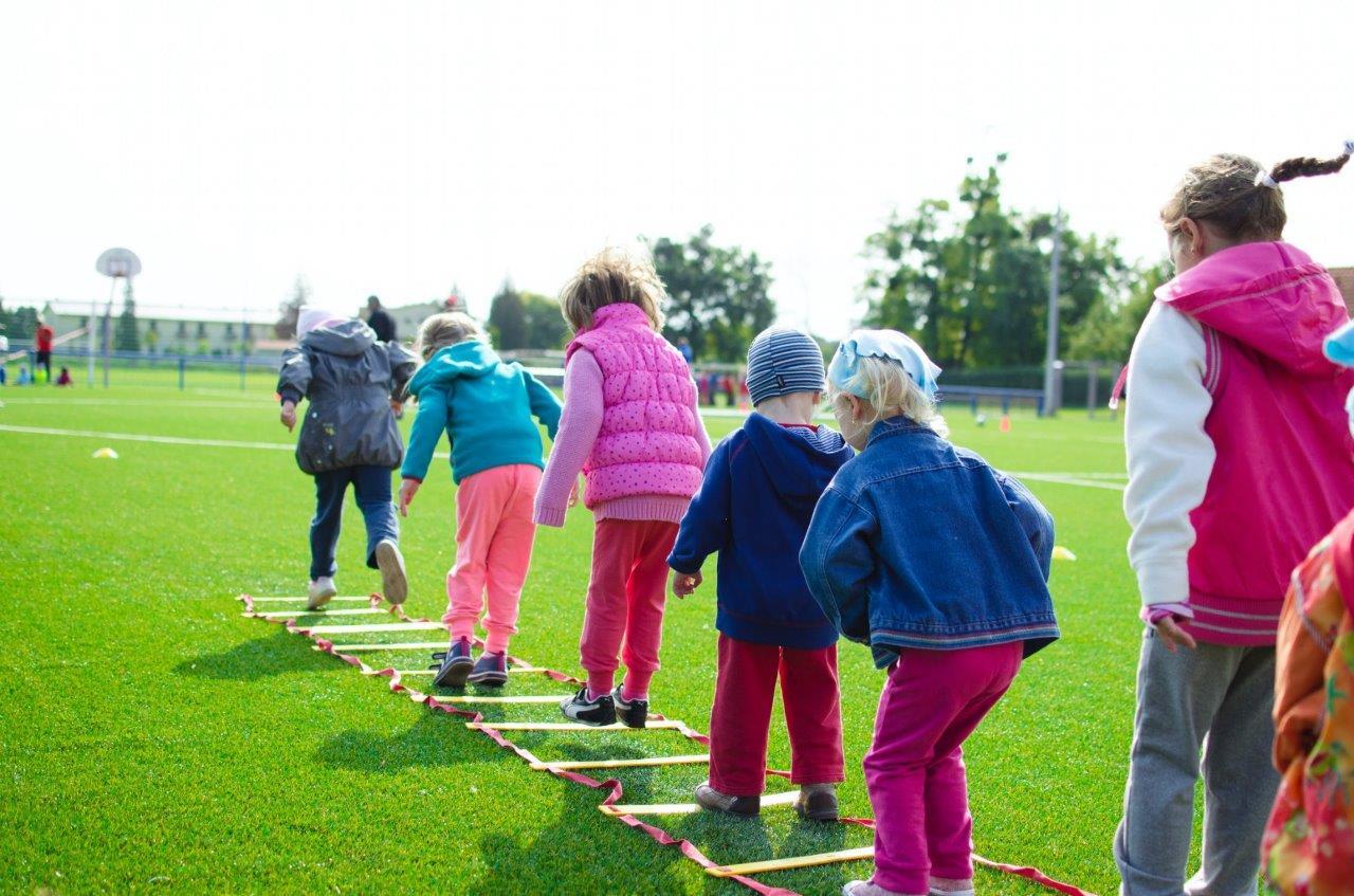 kids doing ladder drill