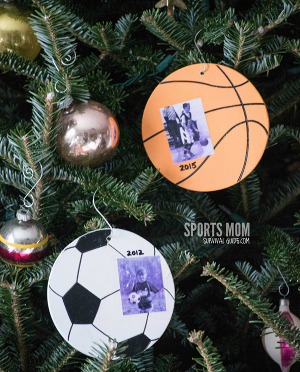 Keepsakes are a great way to preserve those special memories. Get a tutorial to make your own sports ornament keepsake! It will be a great way to reflect back every year.