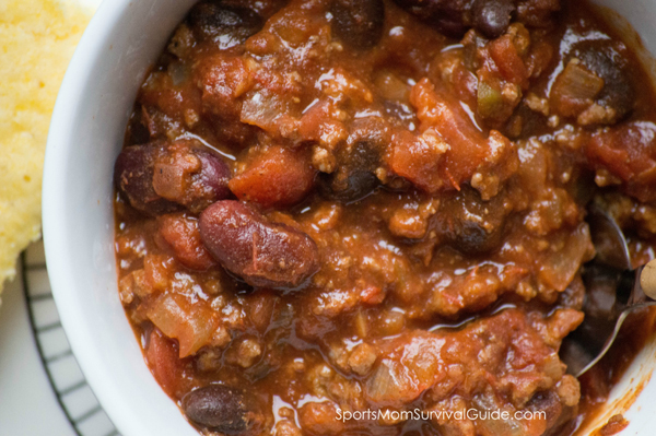 Need an easy and delicious meal? Give this 20 mInute chili recipe a try. It's great for a cool day and the leftovers are even better the next day!