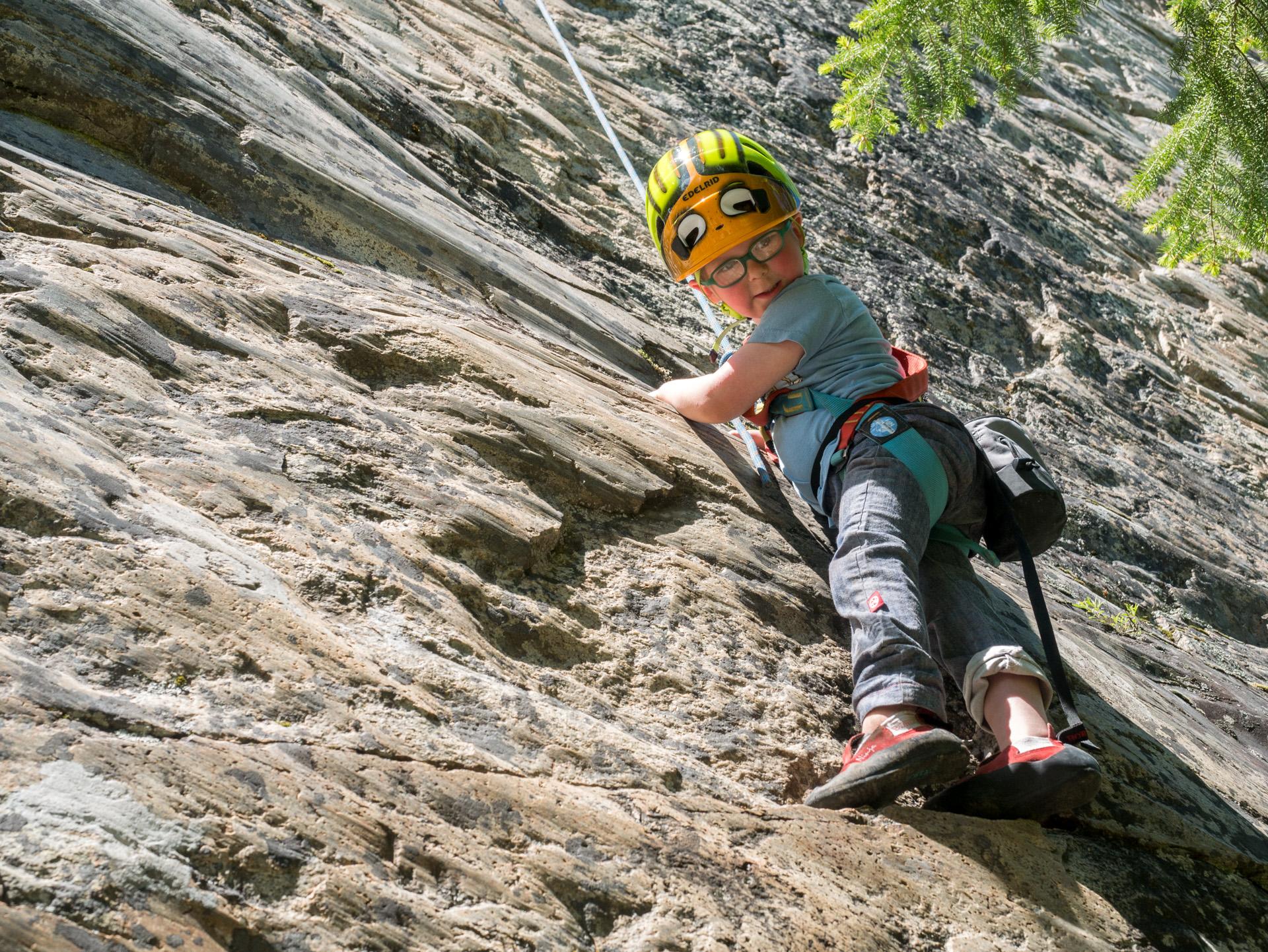 8ba70795002e99 Essential Equipment Kids Need When Rock Climbing