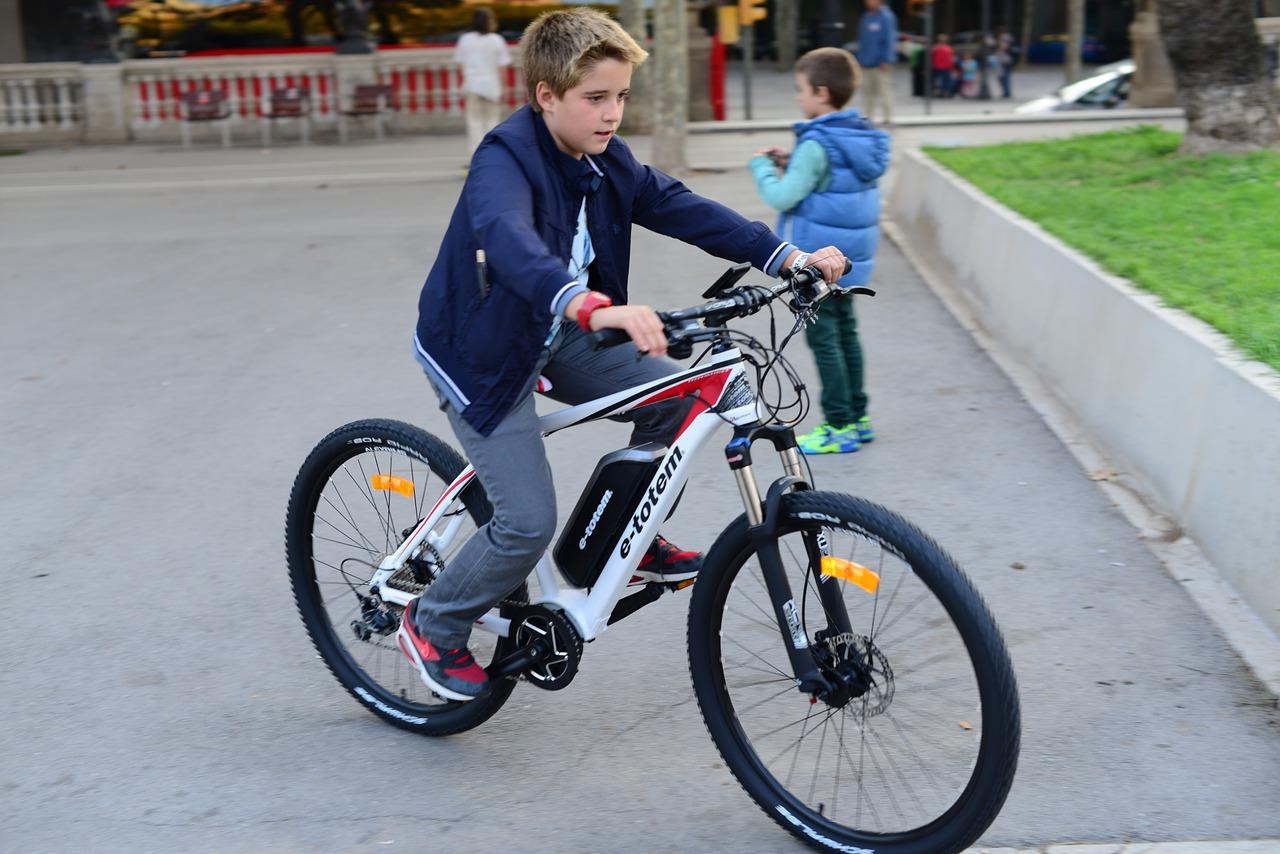 ebikes for under $1000 for kids
